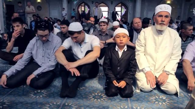 Berbicara soal panjang waktu berpuasa setiap harinya, ternyata negara-negara berikut ini memiliki waktu puasa yang lebih lama dari umat Muslim di Indonesia.