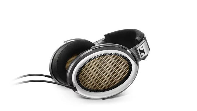 Headphone termahal di dunia: Sennheiser HE 1. Dok: Sennheiser