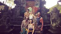 Berikut gaya liburan pangeran Fahad yang nostalgia liburan di Bali bersama rombongan Raja Salman lainnya.