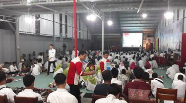 Nobar keluarga Jokowi di Solo
