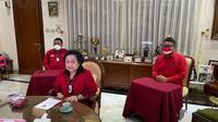 Ketua Umum PDI Perjuangan (PDIP) Megawati Soekarnoputri di kediamannya di Jakarta, saat menghadiri pembukaan kegiatan Sekolah Partai Pendidikan untuk Kader Madya PDIP. (Foto: Dokumentasi PDIP)