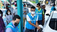 Menteri BUMN Erick Thohir melakukan pengecekan sejumlah fasilitas stasiun  pengisian mobil listrik (charging station) di Bali (dok: KBUMN)