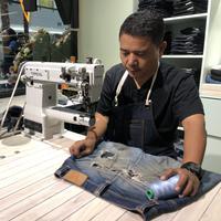 Nudie Jeans Repair Pertama di Indonesia (Fimela.com/Novi Nadya)