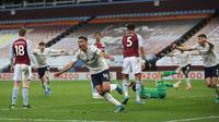 Manchester City meraih kemenangan 2-1 atas Aston Villa pada laga pekan ke-32 Premier League di Villa Park, Kamis (22/4/2021) dini hari WIB. (CARL RECINE/POOL/AFP)