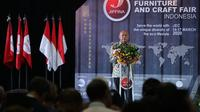 Menteri Koperasi dan UKM Teten Masduki saat membuka Jogja International Furniture and Craft Fair Indonesia (JIFFINA 2020), Sabtu (14/3/2020). (Dok Kemenkop dan UKM)