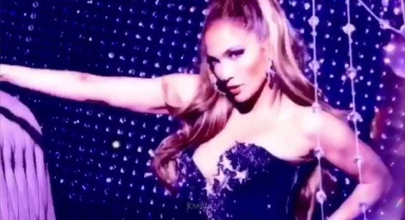 Salah satu penampilan seksi Jennifer Lopez di dalam video yang ia unggah di Instagramnya. (Instagram Jennifer Lopez)
