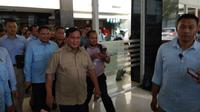 Capres nomor urut 2 Prabowo Subianto mengunjungi Ustaz Arifin Ilham. (Liputan6.com/ Ady Anugrahadi)