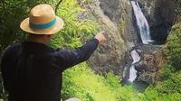 Ridwan Kamil kunjungi Curug Jagapati di Garut Selatan, Jawa Barat (Dok.Instagram/@ridwankamil/https://www.instagram.com/p/CF3Q4OxnF0q/Komarudin)