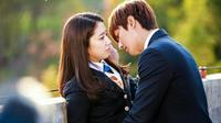 Lee Min Ho dan Park Shin Hye (MNet)