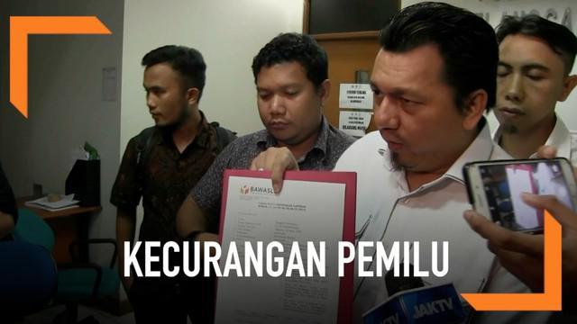 Tim Kampanye Nasional (TKN) Joko Widodo-Ma'ruf Amin mendatangi Badan Pengawas Pemilihan Umum, Jakarta. Kedatangan mereka untuk melaporkan sejumlah dugaan kecurangan pada penyelenggaraan pemilu di tujuh negara.