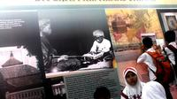 Pameran keliling yang menghadirkan dua guru Bung Karno itu akan diselenggarakan hingga 27 Februari 2016.
