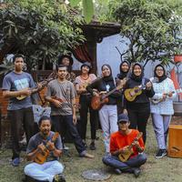 Bukan hanya sekadar komunitas, Republik Ukulele Indonesia adalah ekosistem bagi mereka pemain ukulele di Indonesia. (Fotografer: Adrian Putra/FIMELA)