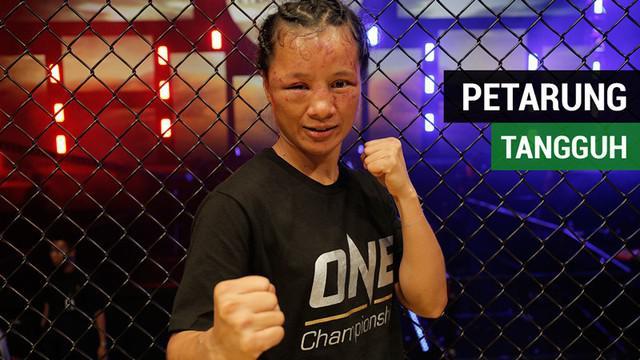 Berita video Indonesia memiliki petarung tangguh di One Championship, Eternal Glory, yaitu Priscilla Hertati Lumban Gaol. Seperti apa ketangguhan petarung wanita ini?