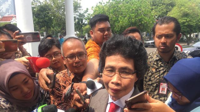 Jokowi menunjuk Wakil Ketua Pengadilan Tinggi Kupang Albertina Ho sebagai salah satu anggota Dewan Pengawas KPK.