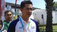 Legenda bulutangkis Indonesia, Taufik Hidayat, hadir dalam pawai obor Asian Games di Bandung, Sabtu (11/8/2018). (Bola.com/Muhammad Ginanjar)
