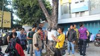 Lokasi terjadinya percobaan pencurian bersenjata api di Kota Cirebon. (Liputan6.com/Panji Prayitno)