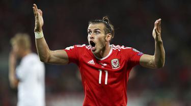 Ekspresi Gareth Bale saat melawan Austria pada laga Group D kualifikasi Piala Dunia 2018 di Cardiff City Stadium, Cardiff, (2/8/2017). Wales menang 1-0. (David Davies/PA via AP)