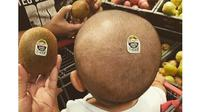 6 Kelakuan Lucu Orang Tua Pada Anak Ini Bikin Ketawa (sumber: Instagram.com/ngakakkocak)