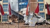 Bangunan rusak di Universitas Mataram akibat diguncang gempa 7 SR, Minggu (6/8/2018). (Ahmad Nipari Darwis)