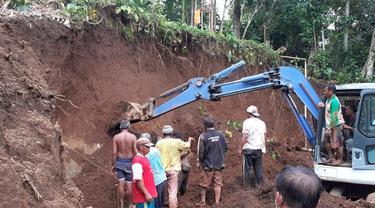 3 Pekerja Tertimbun Longsor di Payangan Bali
