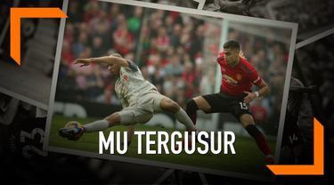 Posisi Manchester United turun ke peringkat lima setelah bermain imbang melawan Liverpool.