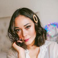 Simak gaya rambut dari sejumlah influencer untuk sempurnakan hari lebaran nanti. (Foto: Instagram/ @Ayaladimitri)