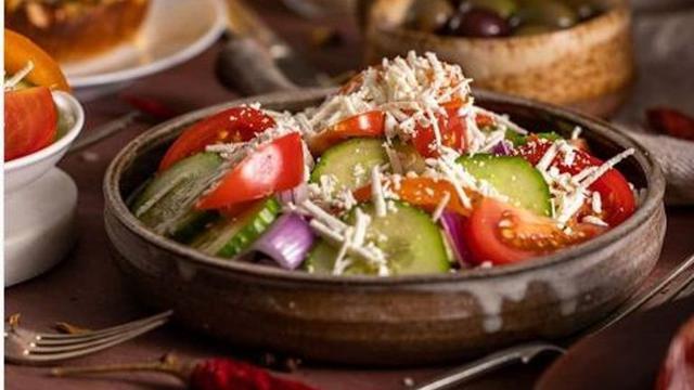 Mengenal 6 Makanan Khas Bulgaria Banyak Berisi Sayuran Dan Keju