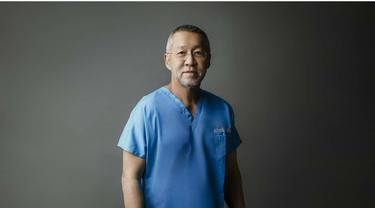 Dokter Hendry Suhendra