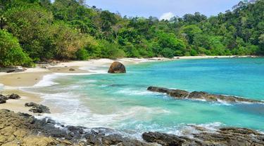 Pantai Wedi Ireng, Pesona Baru di Banyuwangi yang Jadi Sorotan