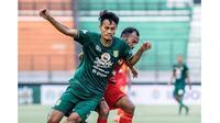 5 Potret Koko Ari di Luar Lapangan, Bek Muda Potensial Persebaya (sumber: Instagram.com/kokoari3)