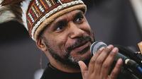 Ketua United Liberation Movement for West Papua (ULMWP) Benny Wenda saat berbicara dalam sebuah acara di Inggris. (Handout/United Liberation Movement for West Papua (ULMWP)/AFP)