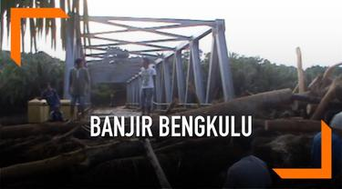 BPBD Kabupaten Bengkulu Tengah masih mencari korban yang tertibun akibat banjir dan longsor di Kecamatan Merigi. Diperkirakan masih ada 9 orang korban yang tertimbun.