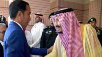 Presiden Jokowi bertemu Raja Salman bin Abdulaziz. (Dok Biro Setpres)