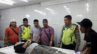 Seorang pengunjung tewas diduga karena keselek (tercekik) ketika makan malam di warung Pecal lele