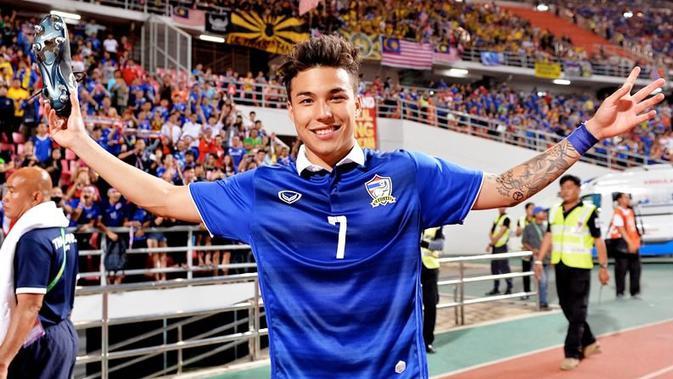 Timnas Thailand Panggil 4 Pemain Lagi, Termasuk Charyl Chappuis  Indonesia Bola.com
