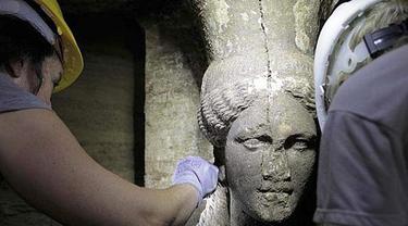 Makam kuno terkait Alexander Agung di Amphipolis