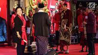 Ketua Umum PDIP Megawati Soekarnoputri (kiri) saat akan membuka Kongres V PDIP di Bali, Kamis (8/8/2019). Kongres V PDIP berlangsung pada 8-10 Agustus 2019. (Liputan6.com/JohanTallo)