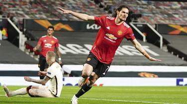 FOTO: Tiga Alumnus Serie-A di Manchester United yang Berperan Besar Hancurkan AS Roma 6-2 - Edinson Cavani