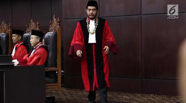 Anwar Usman Bacakan Sumpah Jabatan Ketua MK