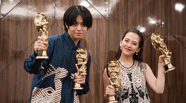 Borong Penghargaan, Ini 6 Potret Angga Yunanda dan Adhisty Zara dalam IMAA 2020