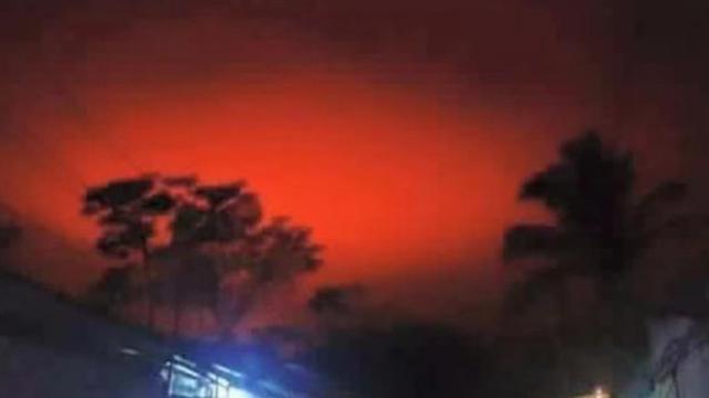 Hasil carian imej untuk cahay merah dari langit