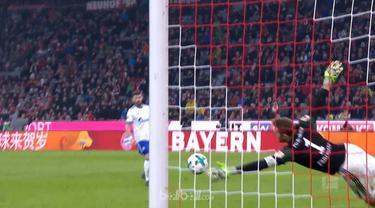 Ralf Fahrmann, kiper Schalke tampil gemilang saat menghadapi Bayern Munchen. This video is presented by Ballball.