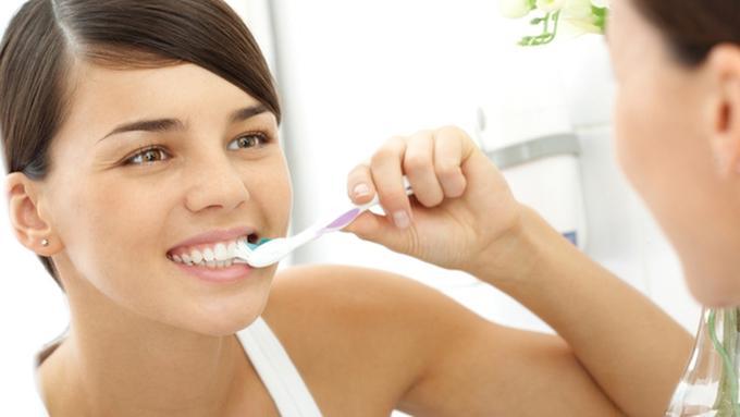 Tips Gigi Lebih Putih Dan Cerah Dengan Bahan Alami Beauty Fimela Com