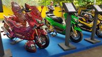 Acara CustoMaxi Yamaha 2018 digelar pertama di Kawasan Sentral Kuliner Melimelo, Harapan Indah, Bekasi. (Herdi Muhardi)