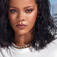Bagi kamu pemilik kulit kering, simak pilihan foundation dari Rihanna (Foto: Instagram/fentybeauty)