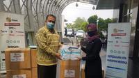 EMTEK Peduli Corona memberikan bantuan APD ke RSU Jagakarsa, Jakarta, Selasa (4/8/2020)