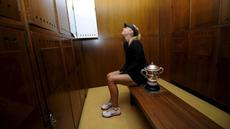 Maria Sharapova, terbukti menggunakan doping di ajang Australia Terbuka 2016. Berdasarkan hasil tes, Sharapova positif mengonsumsi meldonium, obat yang dapat meningkatkan stamina.