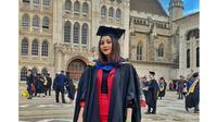 6 Potret Wisuda Citra Aulia, Mantan Pacar Al Ghazali yang Kuliah di London (sumber: Instagram.com/citrrauliamarwan)