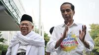 Pasangan bakal calon presiden dan wakil presiden Joko Widodo atau Jokowi (kanan) dan KH Ma'ruf Amin (kiri) saat tiba di RSPAD Gatot Subroto, Jakarta, Minggu (12/8). Keduanya menjalani tes kesehatan jelang Pilpres 2019. (Merdeka.com/Iqbal Nugroho)