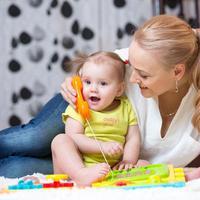 Stimulasi Sesuai Tahapan Usia Anak